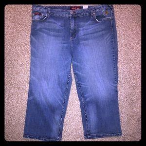 Plus sized Baby Phat Capri jeans